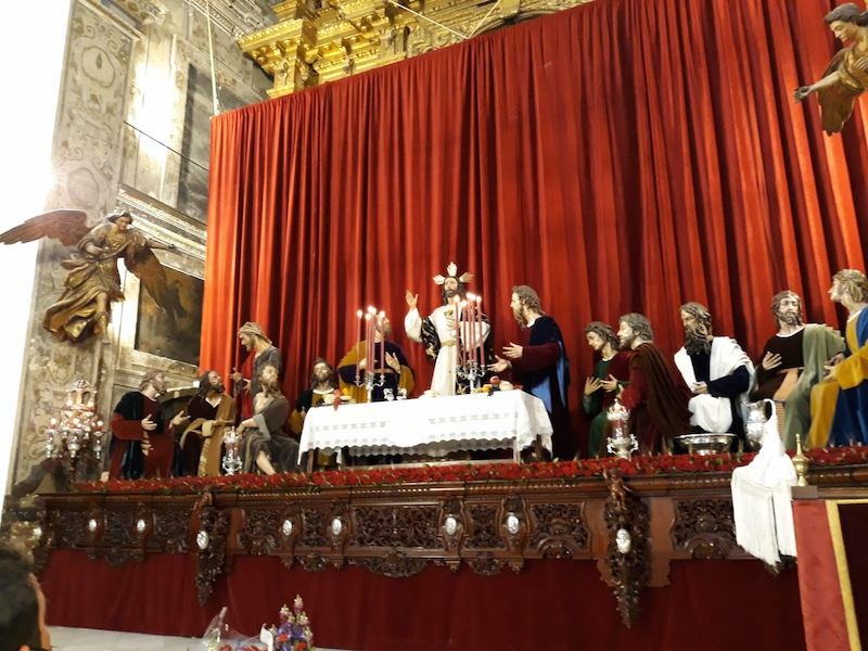 altar hermandad de la Cena